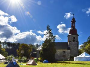 Chátrající kostel v Horním Vítkově opět ožije festivalem KUKOKLI