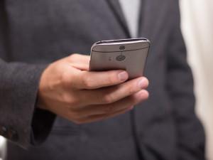 Senát neschválil přísnější pravidla pro obtěžující marketingová volání, řada tak je znovu na Poslanecké sněmovně