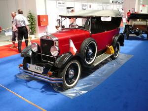 Praga z roku 1914 je letošním vítězem ankety Dědeček automobil
