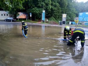 Liberec zvýšil odhad škod po přívalových deštích na téměř čtvrt miliardy korun. Nejhůř jsou na tom silnice