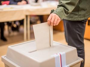 Tři strany v Libereckém kraji podaly kandidátky do sněmovních voleb, další je připravují