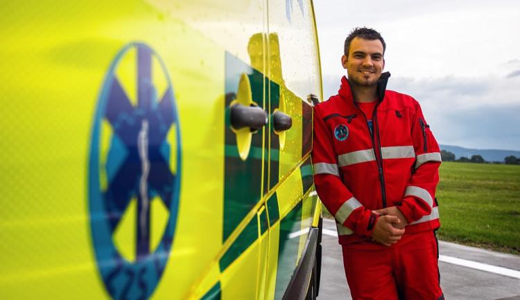 Už  jako malý jsem houkal jako sanitka, říká řidič záchranky Roman Jungmann