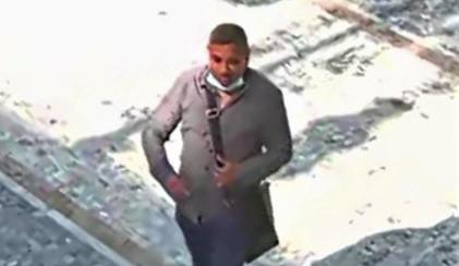 Zloděj ukradl seniorce z kabelky přes osmdesát tisíc. Policie hledá důležitého svědka
