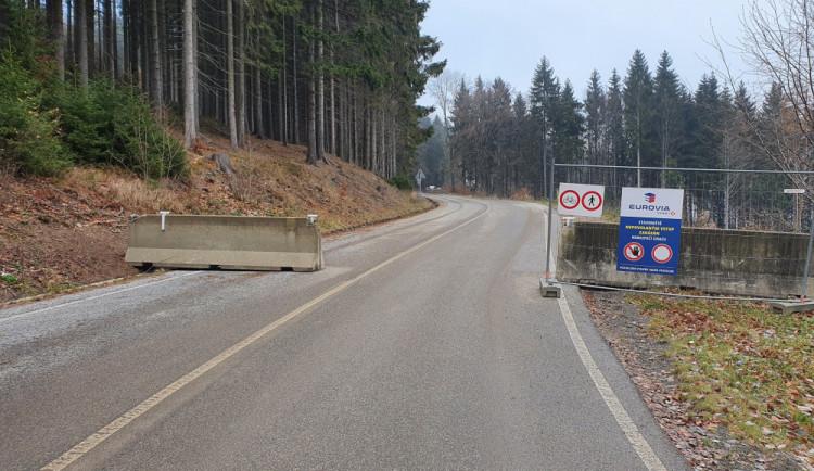 Plánovanou rekonstrukci silnice na Ještěd kritizuje opozice. Považuje ji za pochybnou a zbytečnou