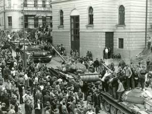 SRPEN 1968: Invazi ohlásila letadla nad Ještědem a tanky v ulicích