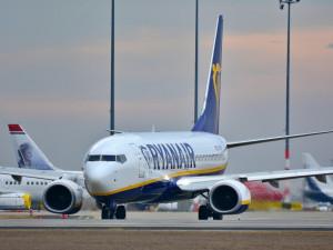 Vyhledávač letenek Kiwi je pod palbou Ryanairu i zákazníků