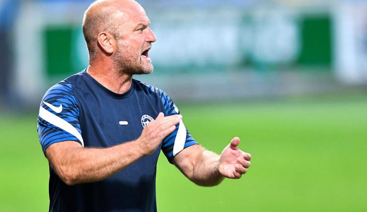 Potřebujeme to zlomit haluzáckým gólem, komentuje bilanci bez výhry trenér Slovanu Pavel Hoftych
