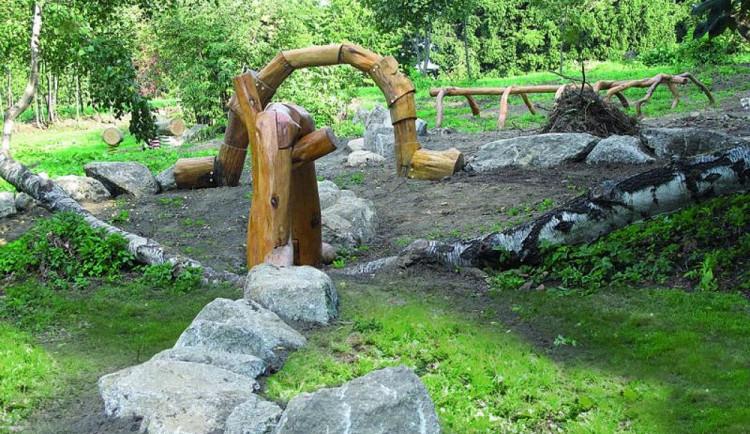 Legenda o hadovi i příběhy stromů. Zavítejte do lesoparku Na Sluneční