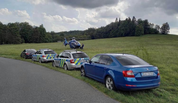 Velká kontrola motorkářů, dohlížel i vrtulník. Policisté odhalili tři desítky přestupků