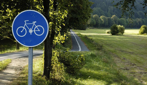 Kdo postaví cyklostezku v Bílém Kostele? Kraj hledá firmu