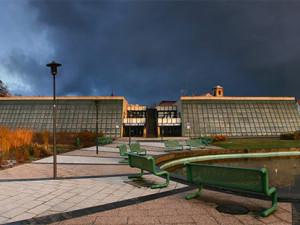 Rekonstrukci vstupu KD Crystal v České Lípě radnice o dva roky odložila