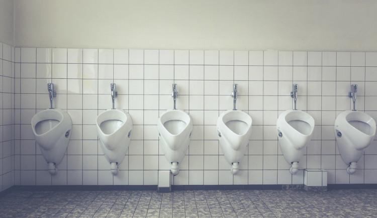 Na Soukenné náměstí by se mohly vrátit veřejné toalety