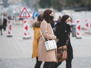 Roušky v zimě chřipku prakticky zastavily, teď na podzim se šíří jiné viry