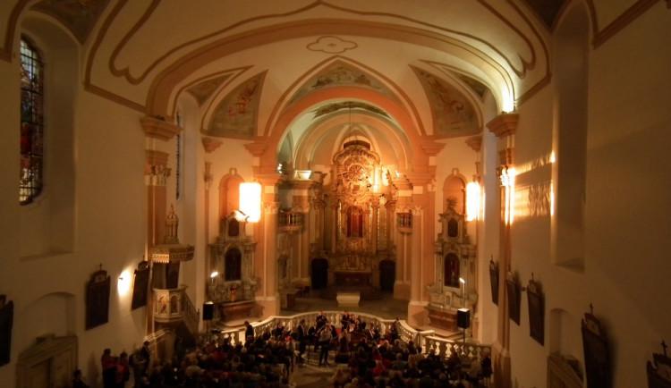 VÍKEND PODLE DRBNY: Pohádky, všehotrhy a koncert v kostele