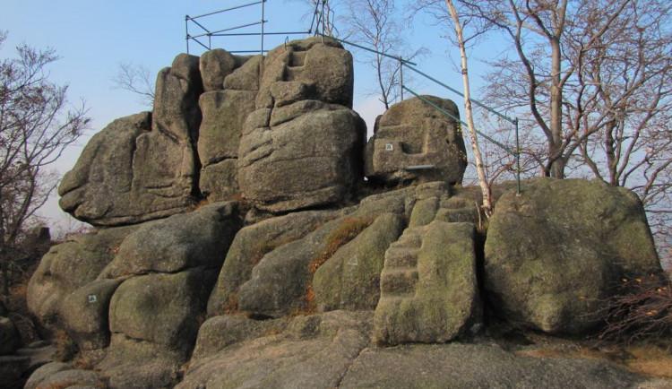 TIP NA VÝLET: Vydejte se na Dračí vrch mezi Fojtkou a Kateřinkami