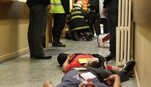 Cvičení: V budově školy řádili střelci