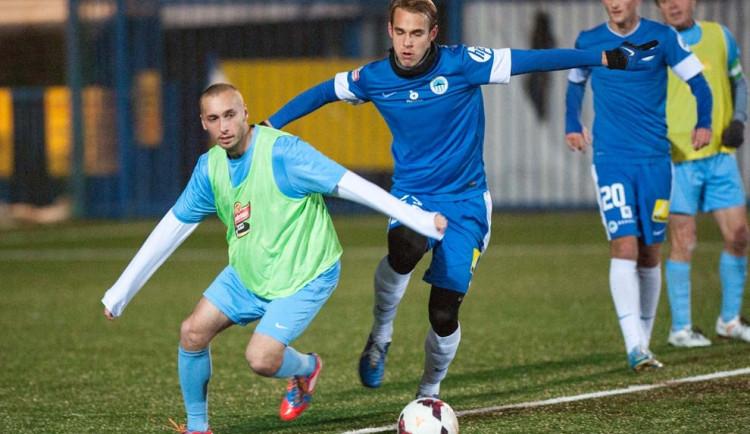 Slovan si zahrál s amatéry z Krásného Lesa