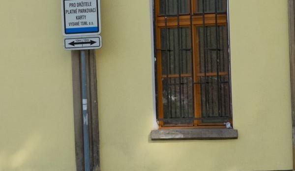 Výstava pro pejsky v ulicích Liberce