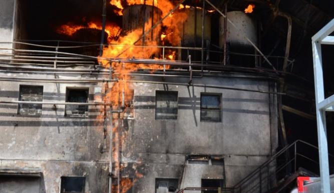 Požár areálu Severochema v Liberci