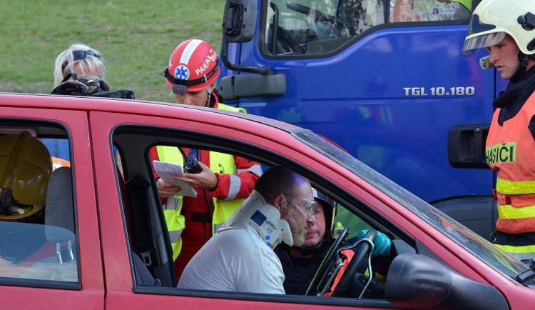 Hromadná nehoda na nové silnici do Jablonce - cvičení IZS
