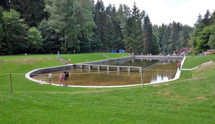 Lesní koupaliště se otevřelo pro veřejnost