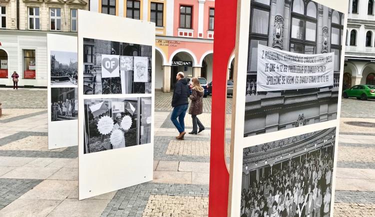 Výstava k třiceti letům od revoluce